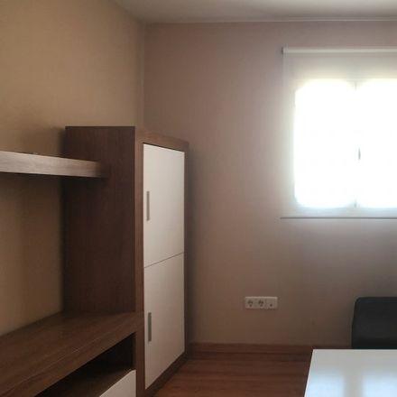 Rent this 2 bed apartment on Calle Castillo de Madrigal de las Altas Torres in 28001 Madrid, Spain