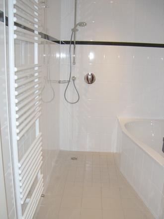 Rent this 1 bed apartment on Döllstädtstraße 27 in 99423 Weimar, Germany