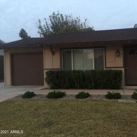 Rent this 3 bed townhouse on 8622 East Cambridge Avenue in Scottsdale, AZ 85257