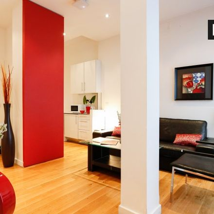 Rent this 1 bed apartment on Calle Iriarte in 10, 28028 Madrid