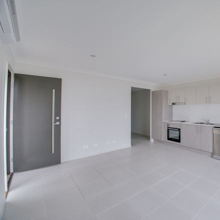 Rent this 2 bed house on 2/49 Jane Street