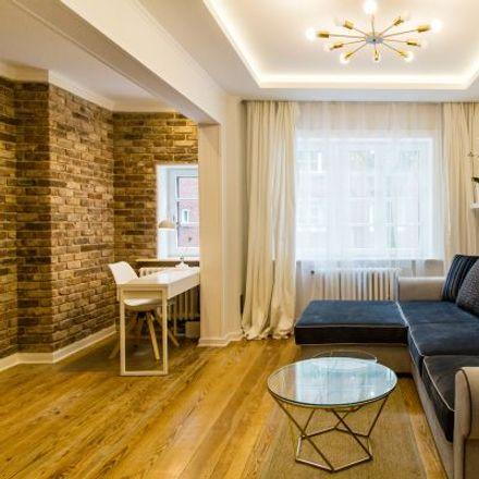 Rent this 2 bed apartment on 20355 Hamburg