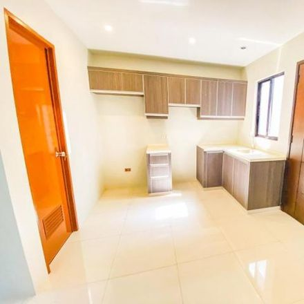 Rent this 4 bed house on Mahogany in Las Piñas, 1750