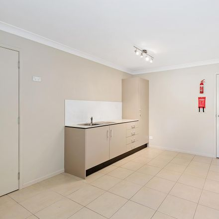 Rent this 1 bed house on Capalaba