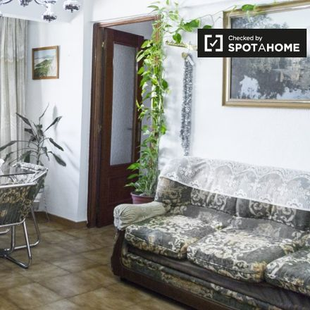 Rent this 2 bed apartment on Avda. Cordoba pares in Avenida de Córdoba, 28001 Madrid