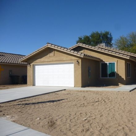 Rent this 3 bed apartment on W 8th St in Yuma, AZ