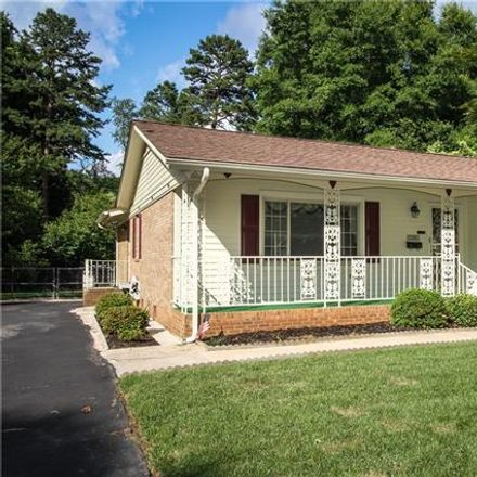 Rent this 3 bed house on 5019 Coronado Drive in Charlotte, NC 28212