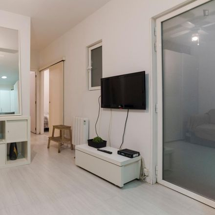 Rent this 2 bed apartment on Calle de Arriaza in 12, 28008 Madrid