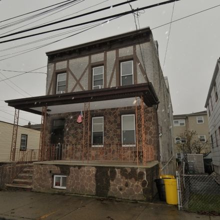 Rent this 2 bed duplex on Delano Pl in Fairview, NJ