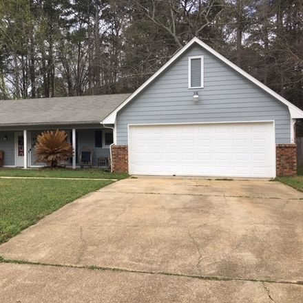 Rent this 3 bed house on 434 Trent Drive in Jackson, MS 39212