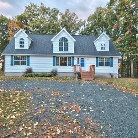 Rent this 3 bed apartment on 100 Catamount Lane in Blooming Grove, PA 18464