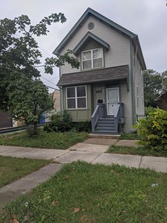 Rent this 4 bed house on 10642 South Edbrooke Avenue in Chicago, IL 60628