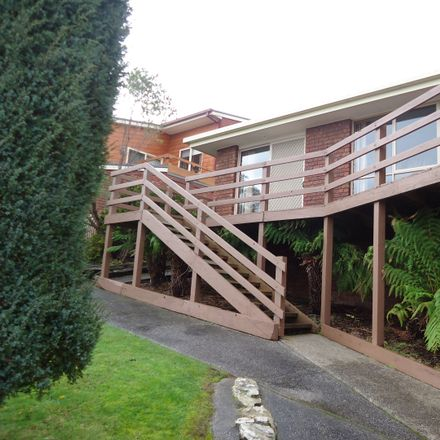 Rent this 3 bed house on 22 Georgiana Street