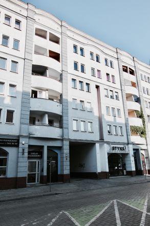 Rent this 4 bed room on Pawła Włodkowica 37 in 50-072 Wrocław, Poland