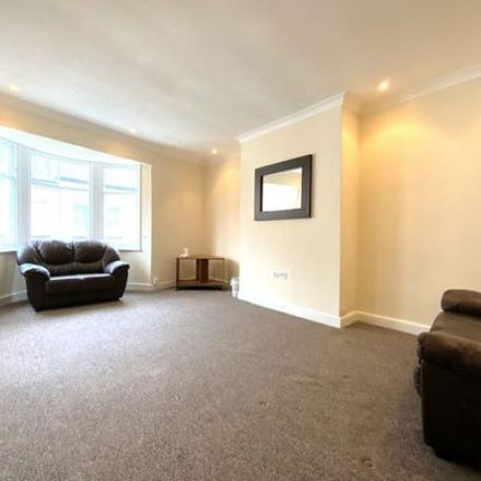 Rent this 1 bed apartment on Creative Crafts Scarborough in St Thomas St, Scarborough YO11 1DY