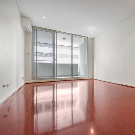 Rent this 1 bed apartment on 6/7-15 Newland Street