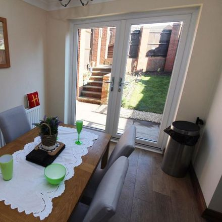 Rent this 3 bed house on Wheel Lane in Lichfield WS13 7DH, United Kingdom