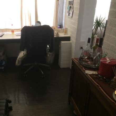 Rent this 4 bed room on Bosstraat 152 in 3500 Hasselt, Bélgica