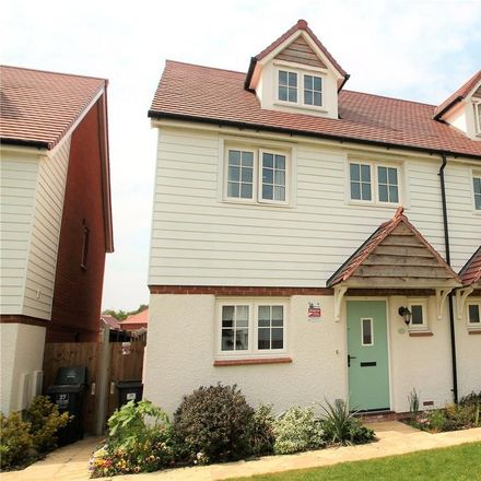 Rent this 3 bed house on Baker Lane in Tonbridge and Malling TN11 0FE, United Kingdom