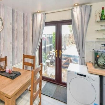 Rent this 3 bed house on Beaufort Close in Lincoln LN2 4SF, United Kingdom
