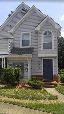 Rent this 2 bed condo on 400 Bracknell Arch in Chesapeake, VA 23320