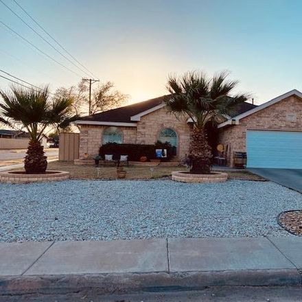 Rent this 3 bed house on N Weatherford St in Midland, TX