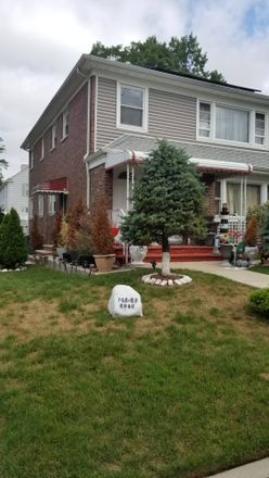 Rent this 5 bed townhouse on Rose Ave in Flushing, NY