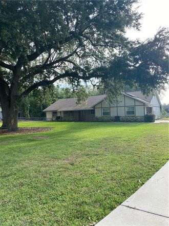 Rent this 3 bed house on Tanglewood Dr in Kissimmee, FL