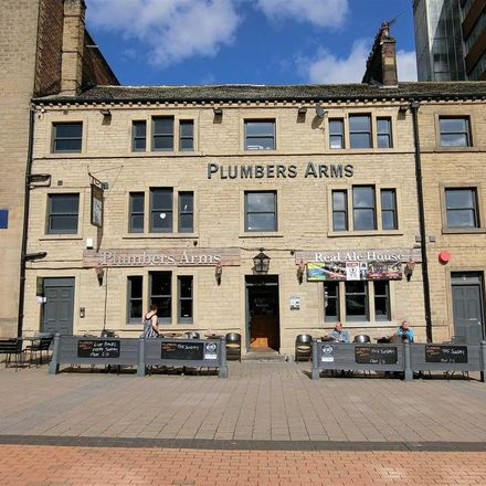 Rent this 1 bed apartment on The Plumbers Arms in Macaulay Street, Kirklees HD1 2JY