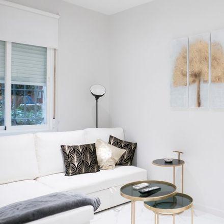 Rent this 1 bed apartment on Alevosía in Calle de Andrés Borrego, 8