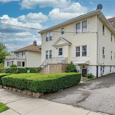 Rent this 1 bed condo on Amherst Pl in White Plains, NY