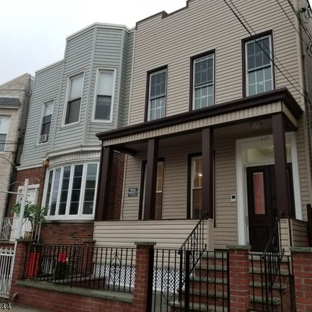 Rent this 2 bed townhouse on 417 22nd Street in Union City, NJ 07087