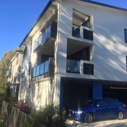 Rent this 2 bed apartment on 81 Halstead St