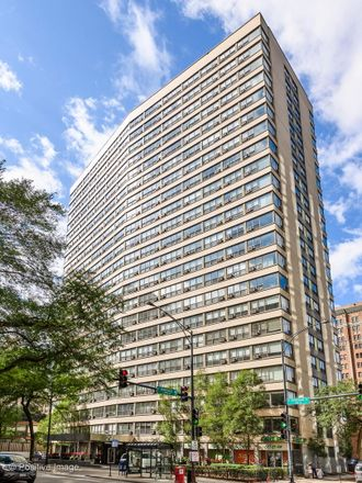 Rent this 1 bed condo on 2920-2930 North Sheridan Road in Chicago, IL 60657