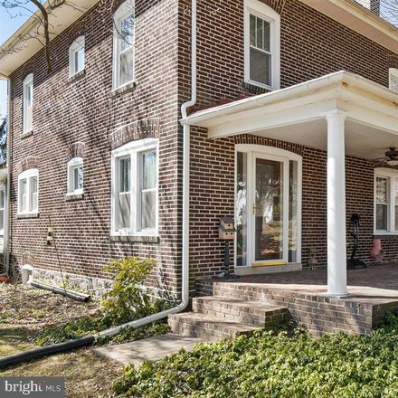 Rent this 4 bed house on Grubb Rd in Wilmington, DE