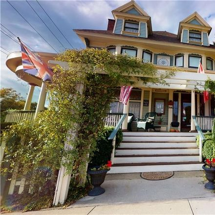 Rent this 4 bed house on 400 East 4th Street in Watkins Glen, NY 14891
