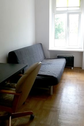 Rent this 5 bed room on Prusa in 50-319 Wrocław, Polska