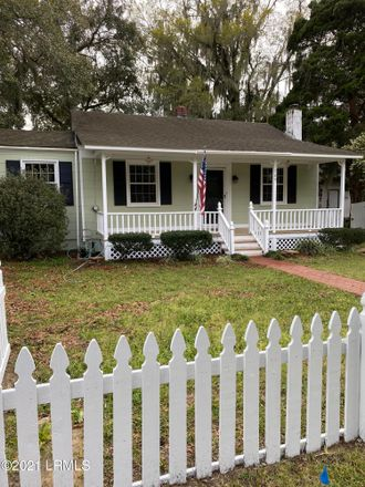 Rent this 2 bed house on 1209 16th Street in Port Royal, SC 29935
