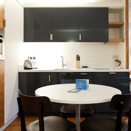Rent this 1 bed apartment on 52 Turnmill St in Farringdon, London EC1M 5LG