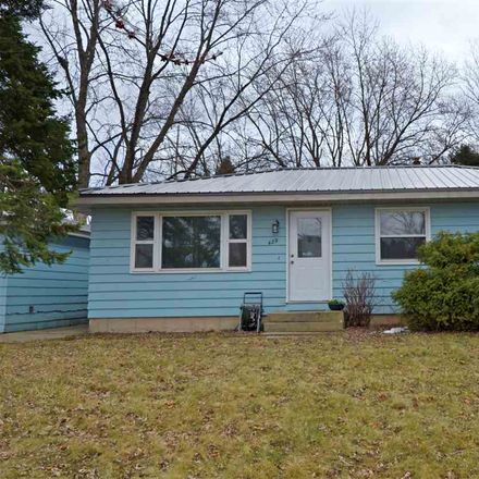 Rent this 3 bed house on 429 West Lincoln Drive in DeForest, WI 53532