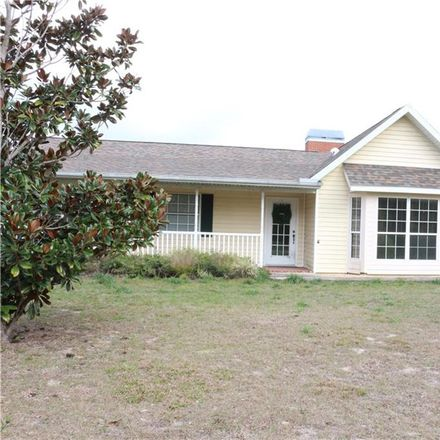 Rent this 3 bed house on W Dunnellon Rd in Crystal River, FL