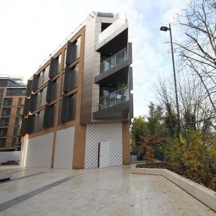 Rent this 1 bed apartment on Millenium House in 10 Plaza Gardens, London SW15 2DN