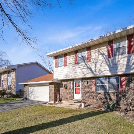 Rent this 3 bed house on 432 Fernwood Drive in Westmont, IL 60559