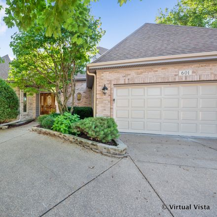 Rent this 3 bed house on 601 Alexandria Drive in Naperville, IL 60565