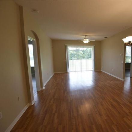 Rent this 3 bed house on Hawkridge Rd in Valrico, FL