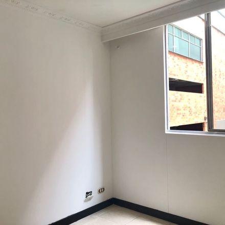 Rent this 3 bed apartment on Éxito Express in Carrera 44, Comuna 14 - El Poblado