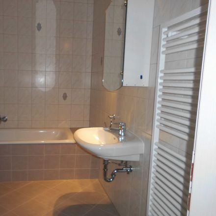Rent this 2 bed apartment on Lassallestraße 63 in 08058 Zwickau, Germany