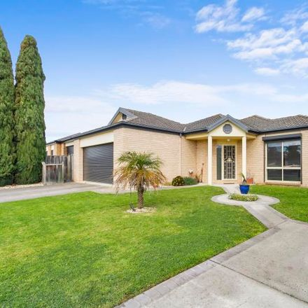 Rent this 4 bed house on 85 Wirilda Crescent
