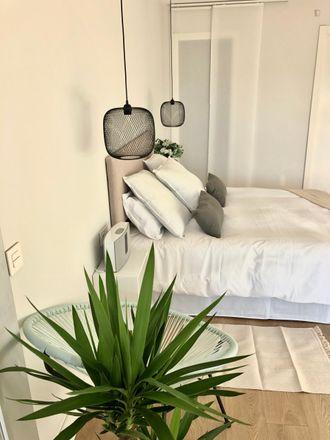 Rent this 4 bed room on Carrer de Gabriel Ferrater in 08001 Barcelona, Spain