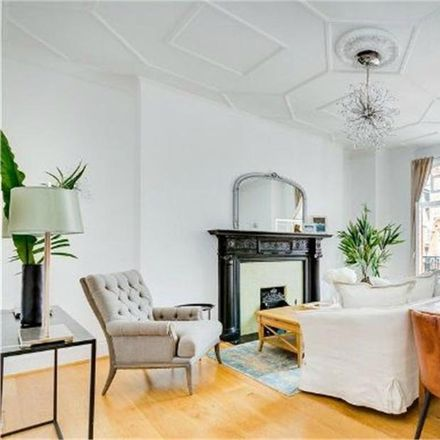 Rent this 3 bed apartment on Portman Mansions in Chiltern Street, London W1U 6NU